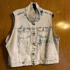 Acid-wash Denim Crop Vest